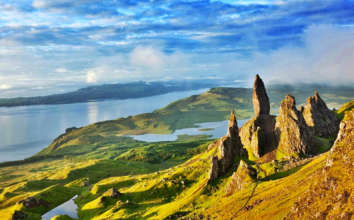 montanhas e paisagens na Escócia